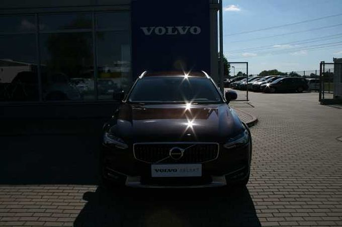 Volvo V90 Cross Country D4 AWD Plus automat PRO EDITION