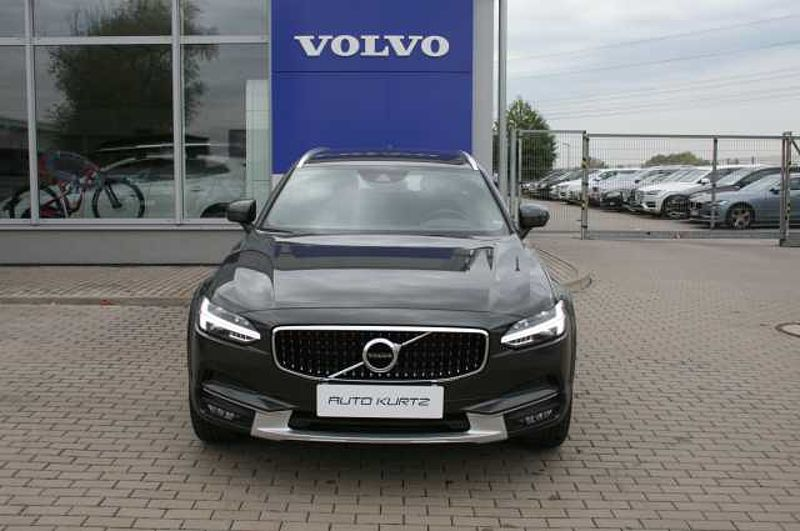 Volvo V90CC D5 AWD AUT Cross Country PRO